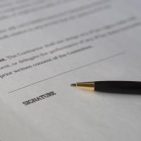 Mariage : peut-on se passer de professionnels ?
